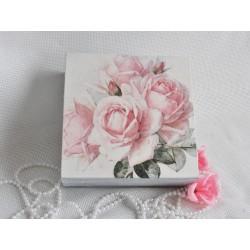 Dárková krabička s růžemi